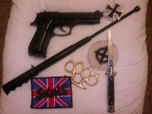 Les armes qu'utilisent les Hammerskins